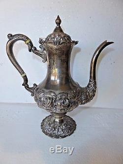 4 Pièces Stieff Repousse Argent Sterling Rose Tea Set Main Chassés W Rose Plateau