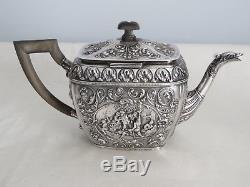 Repousse Antique 20ème Siècle Néerlandais `bachelors Tea Set`, 1060 G