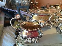 Service À Thé, Théière / Crème / Sucre Ouvert, Anglais Silver Plate 3 Pc William Hutton