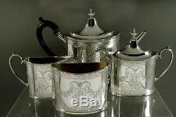 Sterling Silver Tea Set (4) Georgian Décoré À La Main